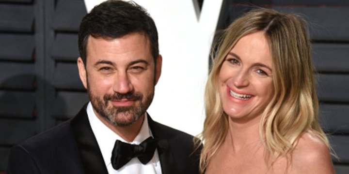 Jimmy Kimmel attends Oscars party with beaming (and pregnant!) wife Molly McNearney