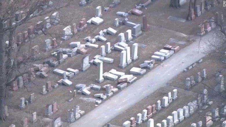 Members of the Muslim community unite to help fix vandalized Jewish cemeteries