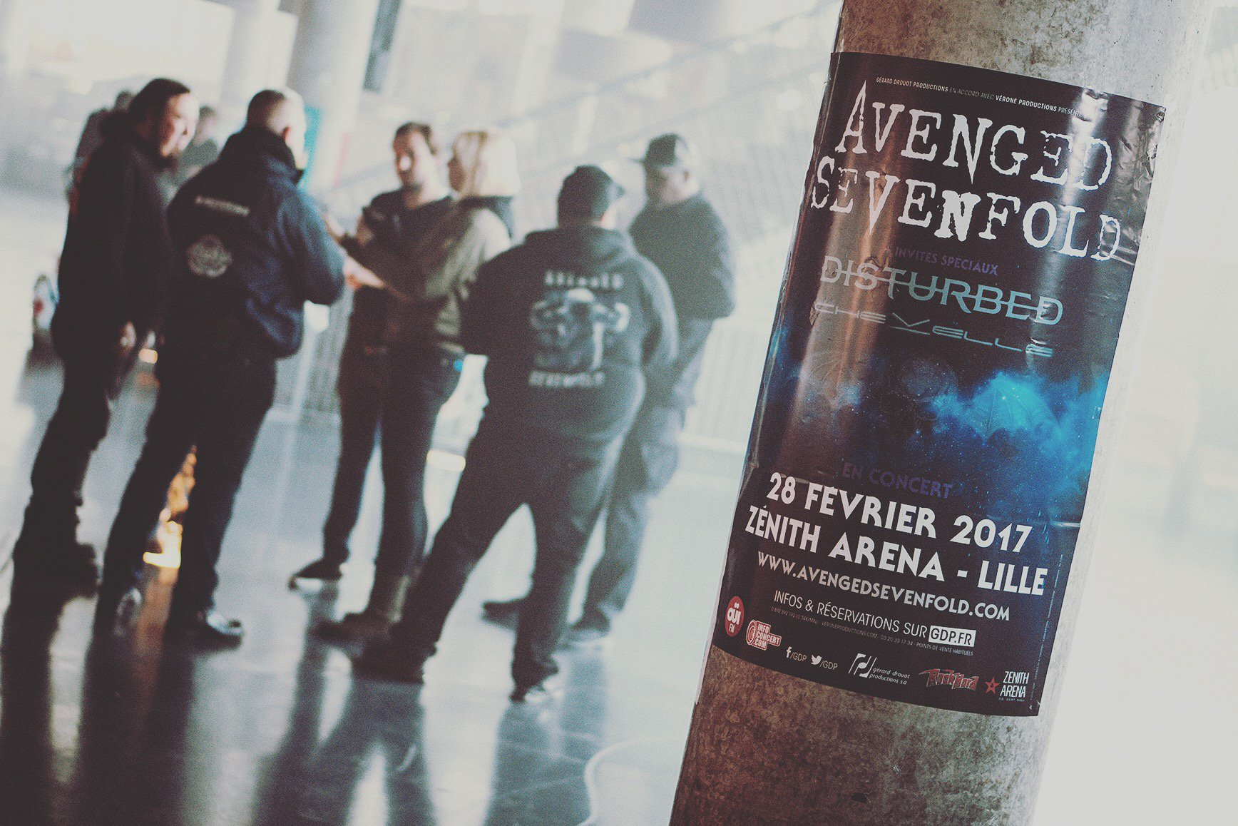 Security meeting before tonight's show in Lille, France. ����#thestageworldtour #avengedsevenfold ��: @rafacore https://t.co/kAoY0QLkGf