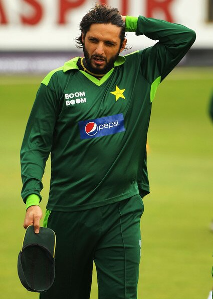 Happy Birthday Shahid Khan Afridi ..