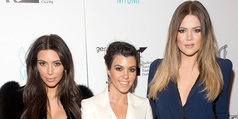 Kim Kardashian shows off the 'impressive trick' that Khloé and Kourtney can't seem to master