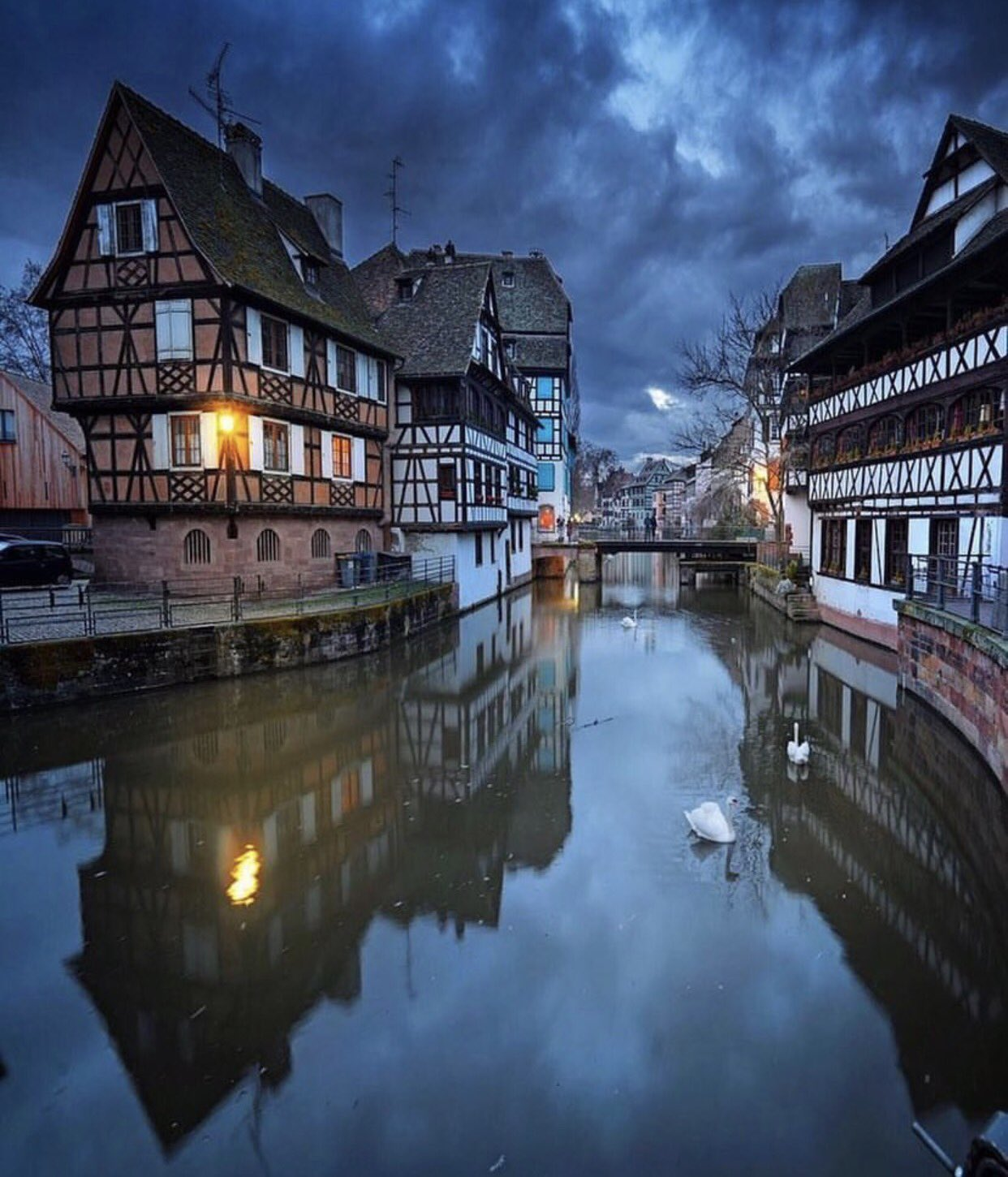 Peaceful night! | Shot by @ilhan1077 in Strasbourg, France https://t.co/oDK6SZdjv3