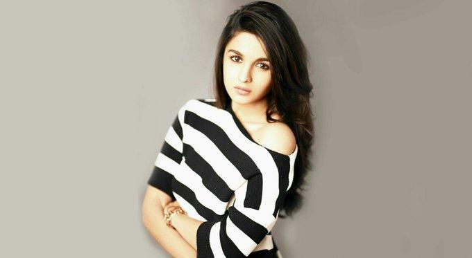 Happy birthday to Alia Bhatt..... How\s your b\day bash ????