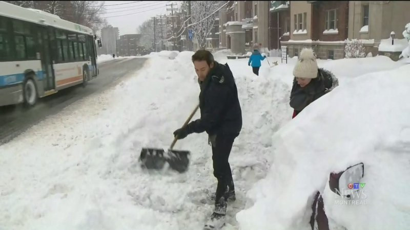 UPDATE: Quebec pounded by winter storm, premier acknowledges need for better response
