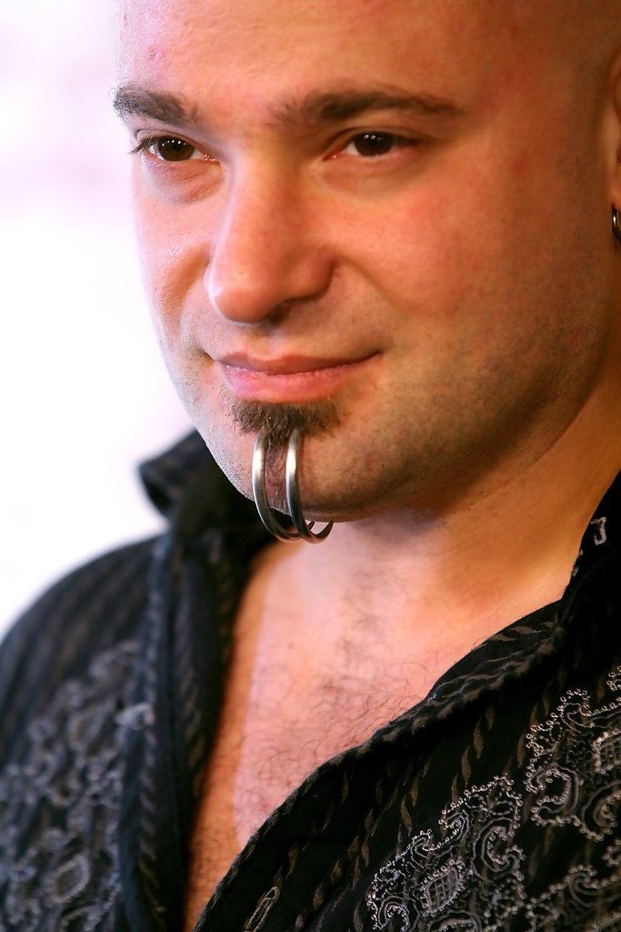 Happy birthday to David Draiman!!! Awesome voice