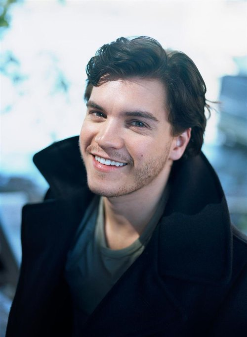 Happy birthday Emile Hirsch!