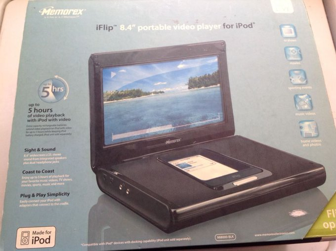 """#free #music #win #style #follow #giveaway #mp3 Memorex iFlip 8.4"""" Portable Video Player for the 5th generation Ipod #rt"""