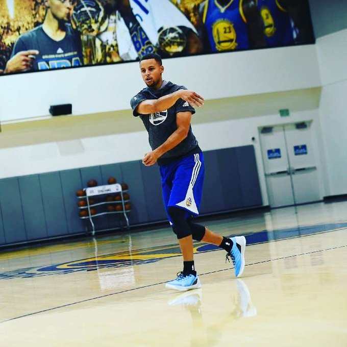 Happy birthday to Stephen Curry