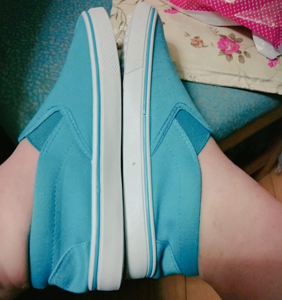 それでそれで! 室内履きの New  Shoesもかいました(^o^)  春いろかわいい???? https://t.co/bj4Au4pH6b