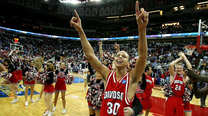In honor of here\s a shot of Stephen Curry at Davidson! Happy 29th Birthday Steph!