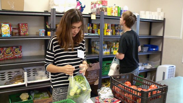 Quebec food banks to get unsold surplus grocery store food