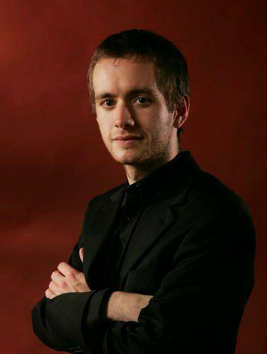 Happy Birthday to Sean Biggerstaff! He potrayed Oliver Wood in the films.