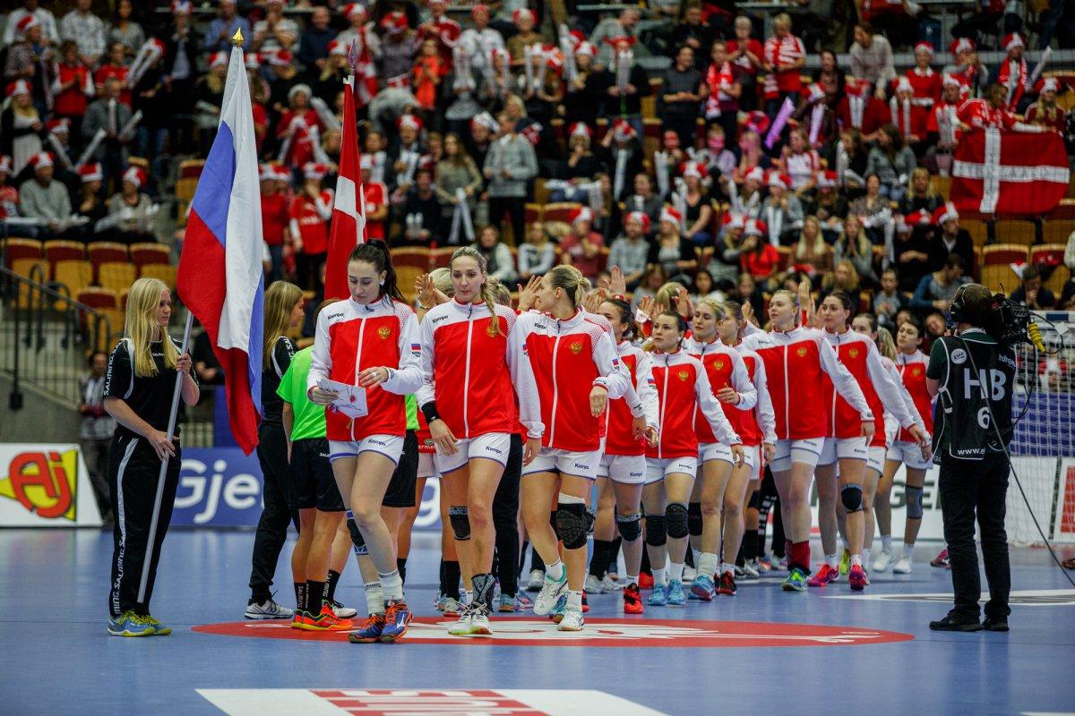 2 ретвитов http://wwwsport-expressru/olympics/rio2016/handball/news/video-iz-razdevalki-sbornoy-rossii