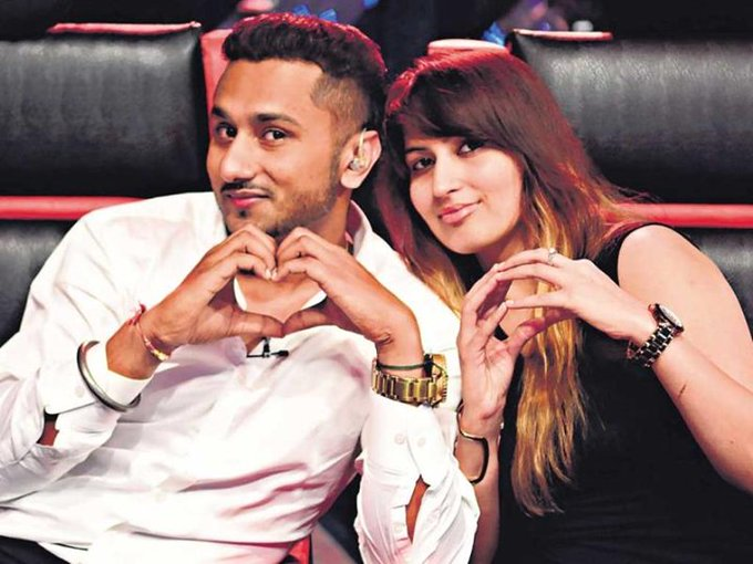 Celebrity Face Wishes A Very Happy Birthday To Honey Singh