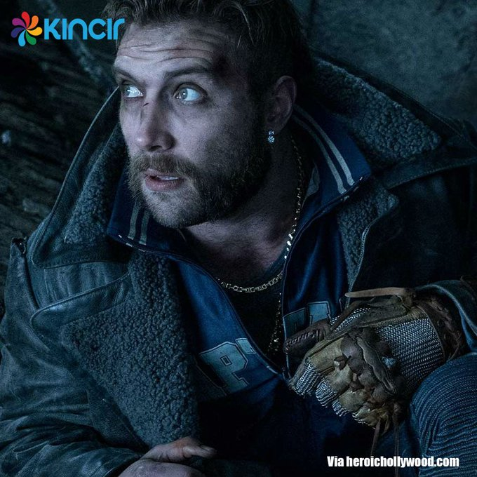 Happy birthday, Jai Courtney aka Captain Boomerang!