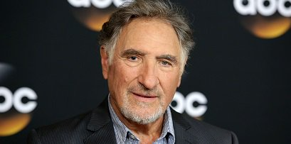 Happy Birthday to actor Judd Hirsch (born March 15, 1935).