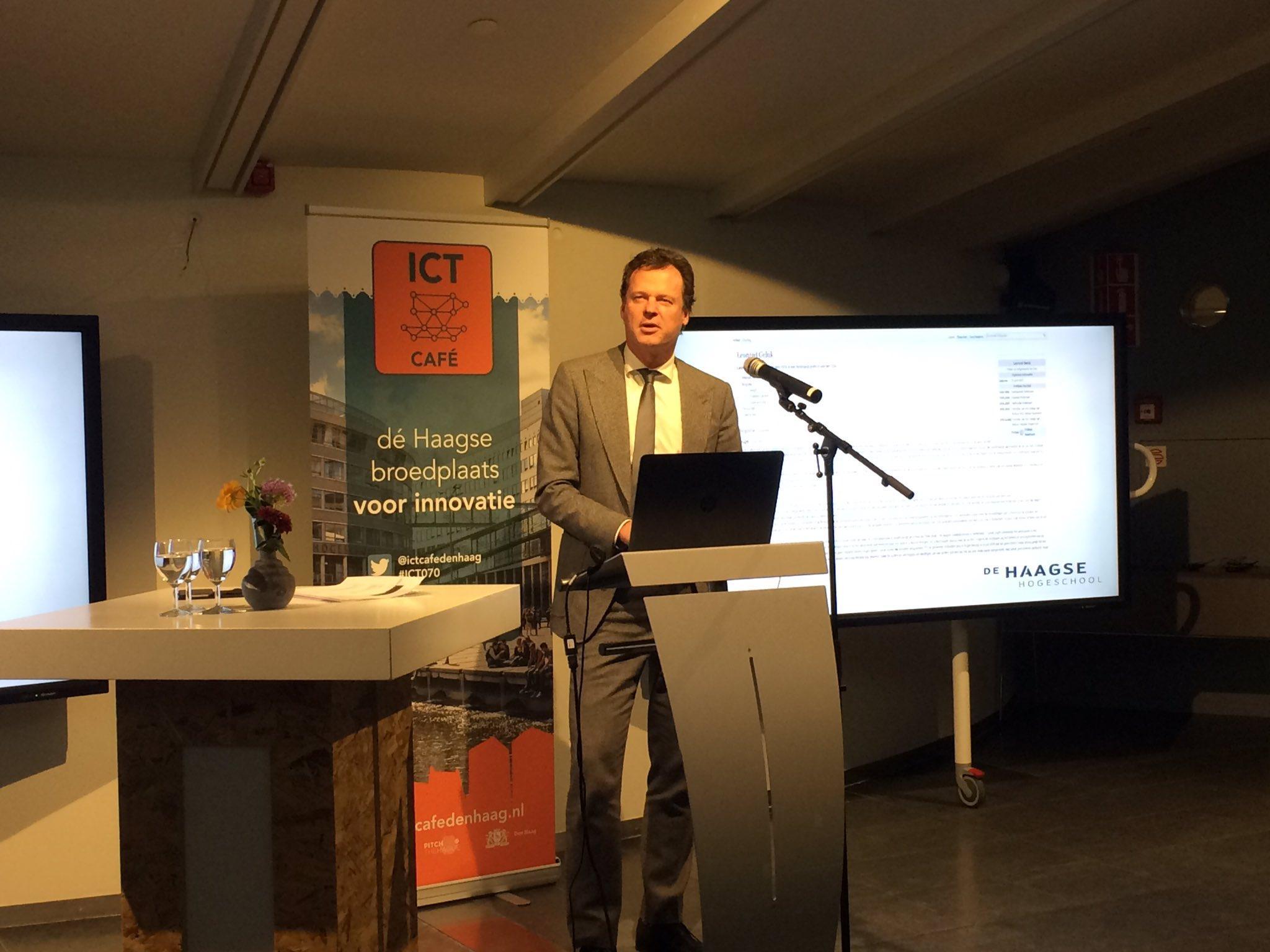 Gastheer @GelukLeonard is blij dat we elkaar vandaag treffen: 'Om #DenHaag voor te bereiden op de toekomst is samenwerking nodig.' #ICT070 https://t.co/ryNYMWgFtC