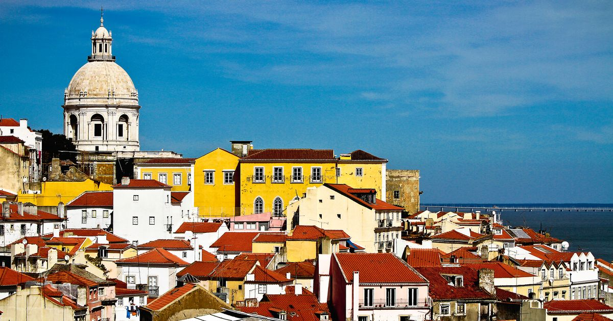 Lisbon travel guide - top 10 things to do and see in Portugal's capital city