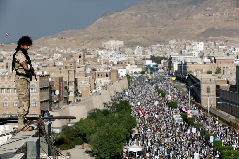 U.S. wages second day of strikes on al Qaeda in Yemen