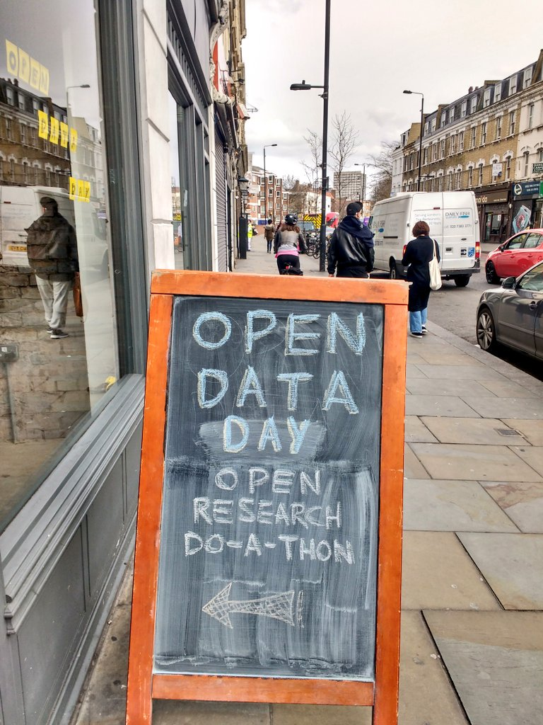 My base this #opendataday is @nwspk in #london ! Doing some great #openresearch work! @SPARC_NA @Mcarthur_Joe @edsaperia https://t.co/ovmYyXNsSX