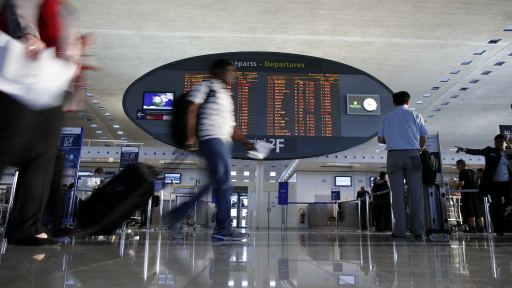 French aviation strike to affect domestic flights next week, authorities say