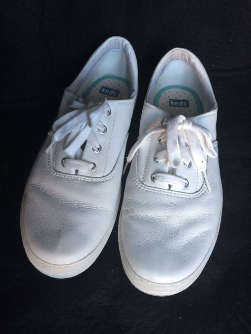 #fashion #style #giveaway KEDS White leather Shoes womens size 9.5 Excellent Sneakers #rt