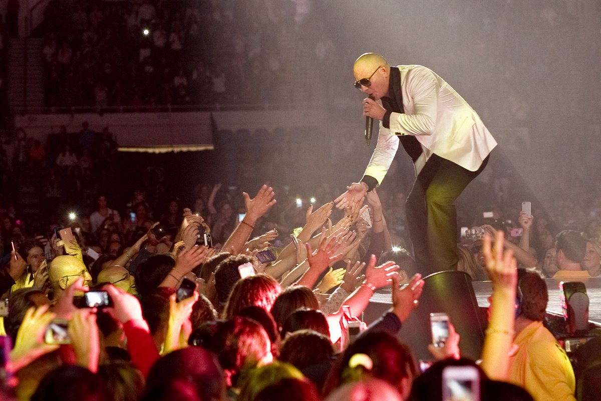 Check out our latest @spotify playlist to hold you over #Dale https://t.co/GvnRa46iX0 https://t.co/K7MaIYo7T3