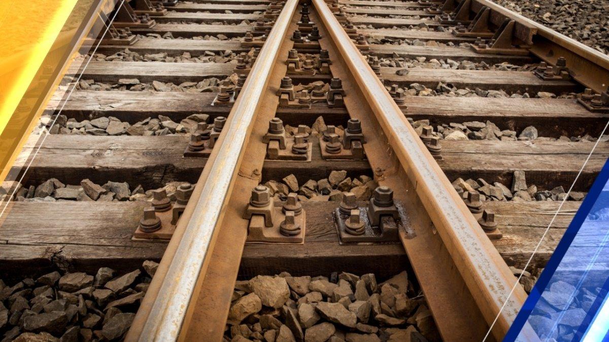 Iowa church sues; says railroad built tracks on church land