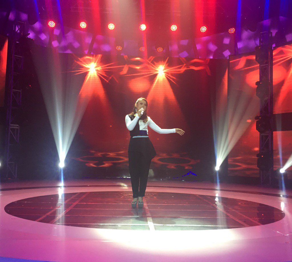 Penampilan yg cantik @mynameisrossa dengan lagu cinta dalam hidupku #IdolJrGrandFinal @Official_MNCTV https://t.co/1rf4TpstCi