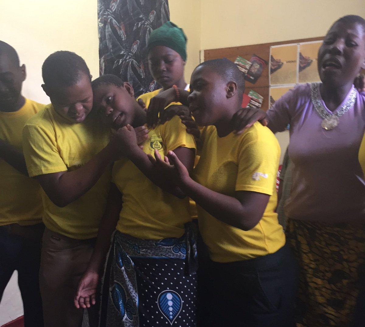 test Twitter Media - Zuberi, Swabia, Joyce & gänget på YDCP Tanga, Tanzania, spelar stark pjäs om familj som får barn med funktionsnedsättning. #postkodeffekten https://t.co/6tfJ981wMc