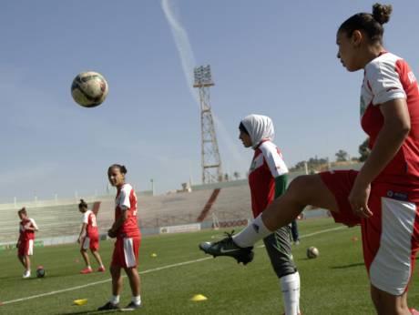Algeria women footballers wave red card at stigma