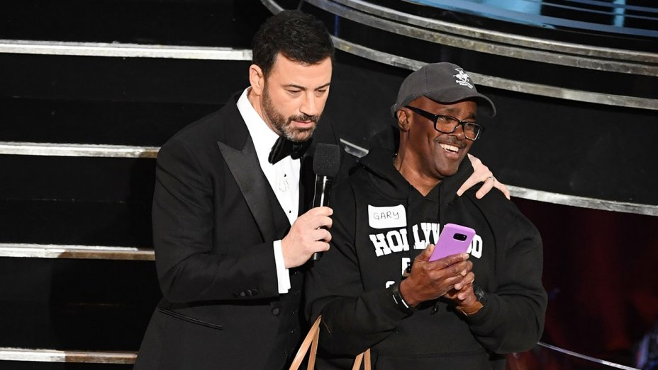 "Oscars tourist 'Gary From Chicago' goes Hollywood: ""I got a real publicist"""