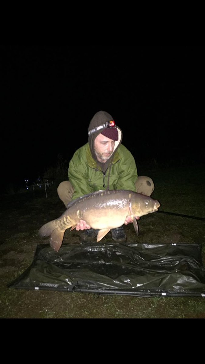 15 lb mirror nice 👍 #carpfishing #<b>Delkim</b> #mirrorcarp https://t.co/LsJmcossvo