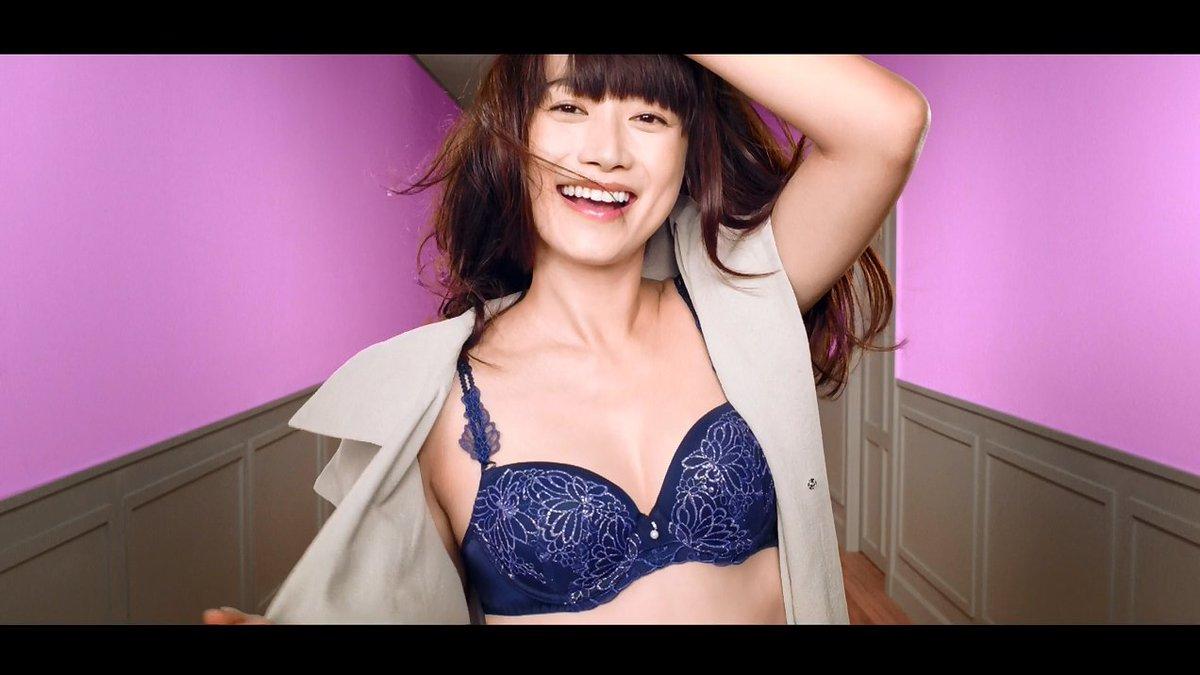 【動画】ヨンア、産後1ヶ月半のCM出演で美ボディ披露 『AMO'S STYLE by Triumph』新CM#ヨンア #