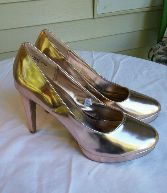 #fashion #style #giveaway Rampage Shiny Gold Metallic Shoes Sz 10M Pumps Heels Stilettos Platform #rt
