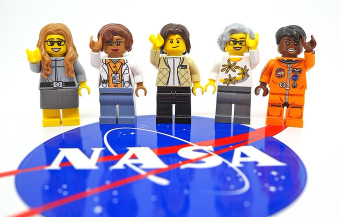 Maia Weinstock, the creator of Lego Nasa Women say My article, I'm interviewing her yay! https://t.co/Zok0RBLFmP