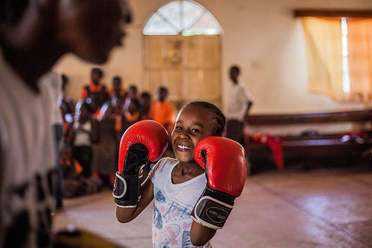 The boxing girls of Kenya