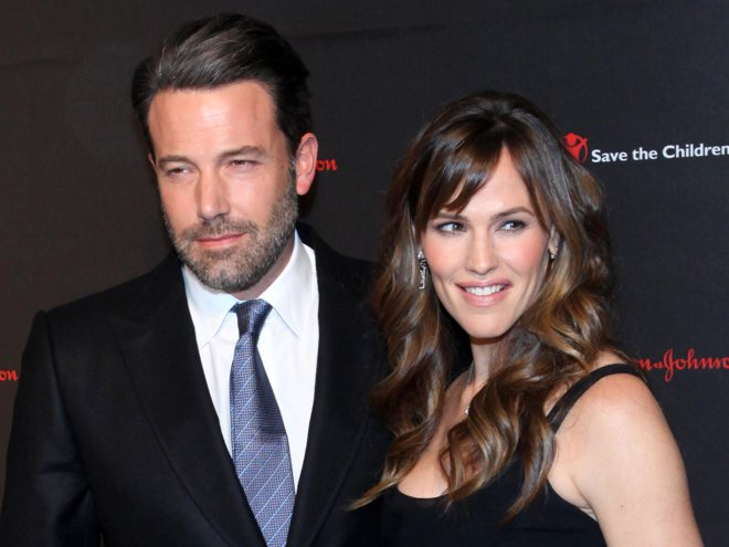 Sources say Ben Affleck and Jennifer Garner have called off their divorce: