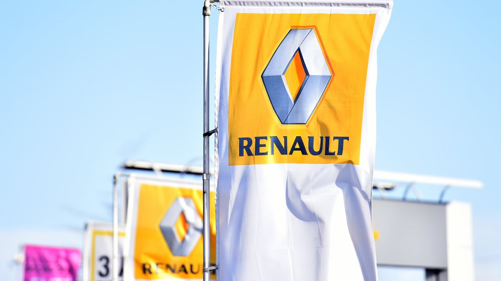 French car maker Renault suspected of emissions fraud