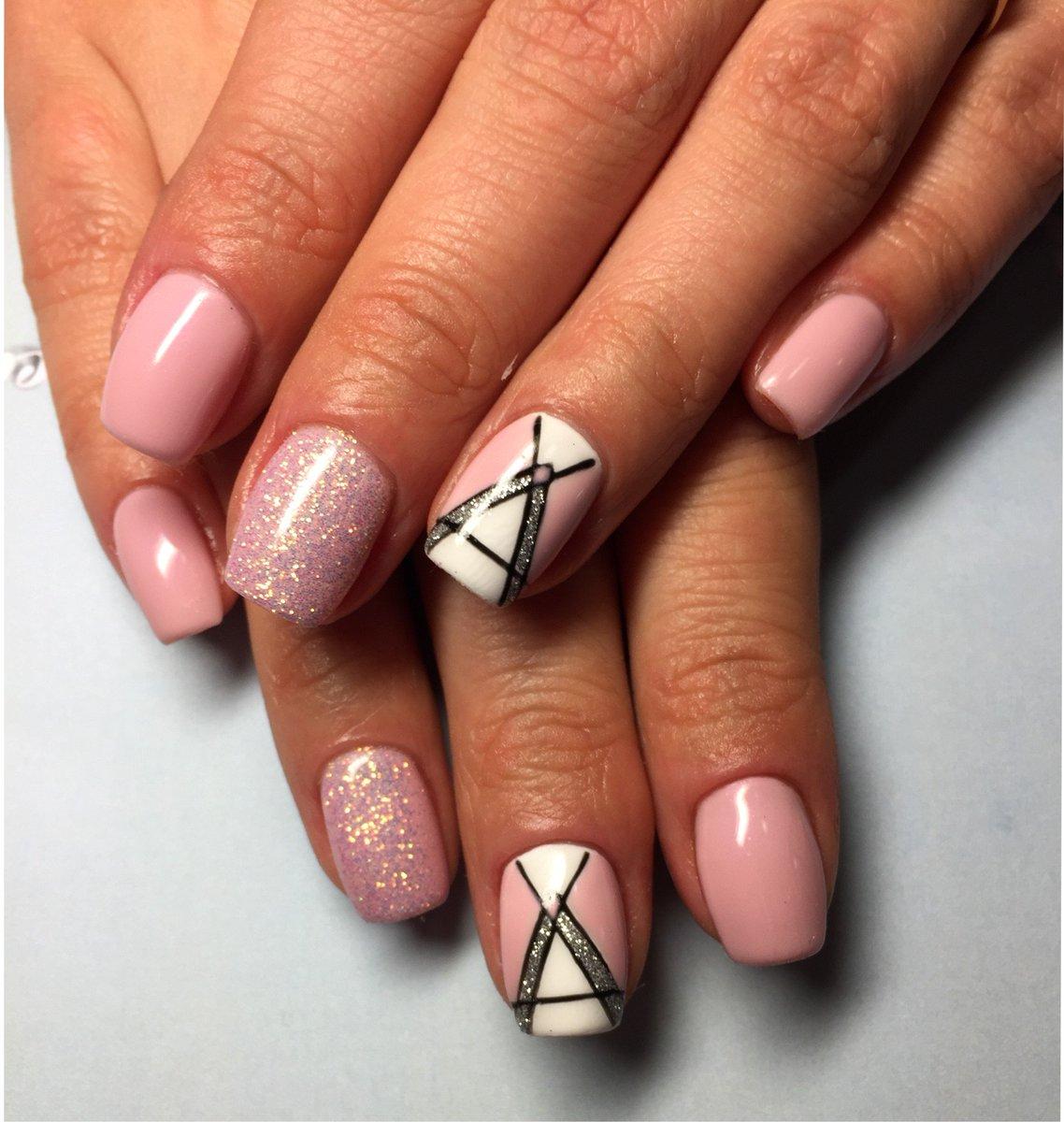 Дизайн ногтей 2017 новинки геометрии