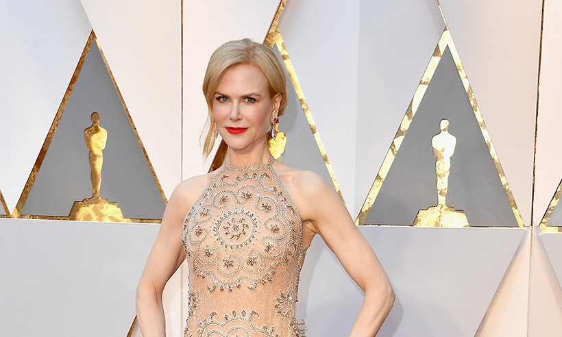 Nicole Kidman has revealed the reason behind her awkward clapping at the Oscars :