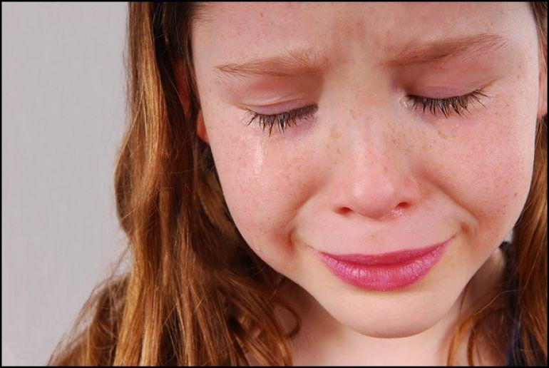 Сперма на лицах молодых девиц крупным планом  220414