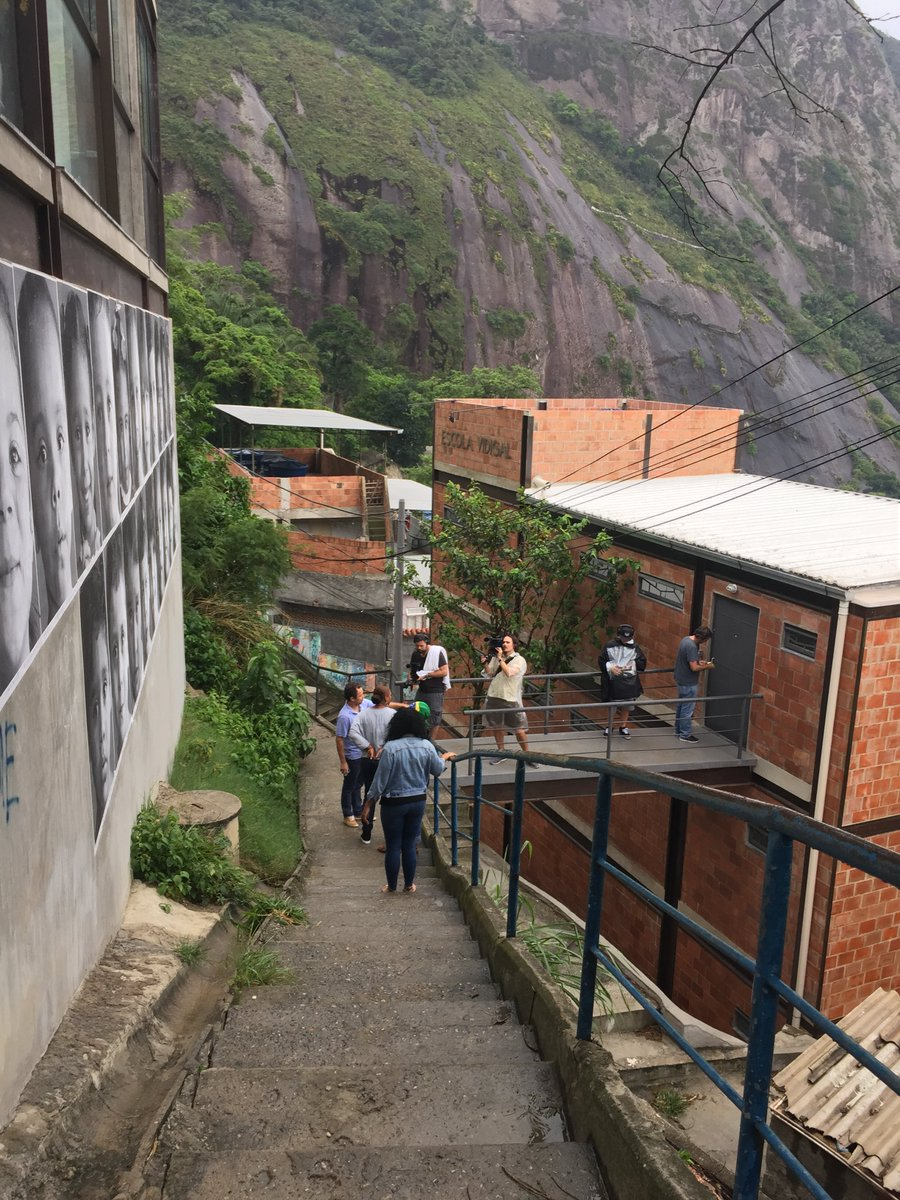 That time we taped in the favela #tbt #brasil #bestplacetobe https://t.co/Xu2sF9lQhJ