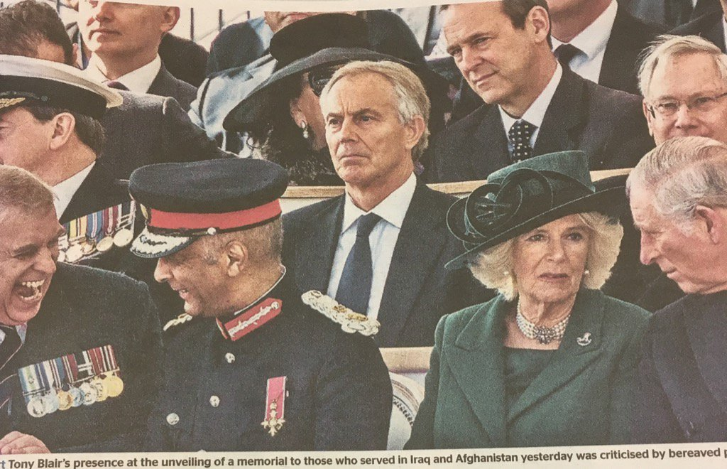 This image, of Blair at the Iraq & Afghanistan memorial unveiling, is really quite extraordinary. https://t.co/AxU2HSlDLf