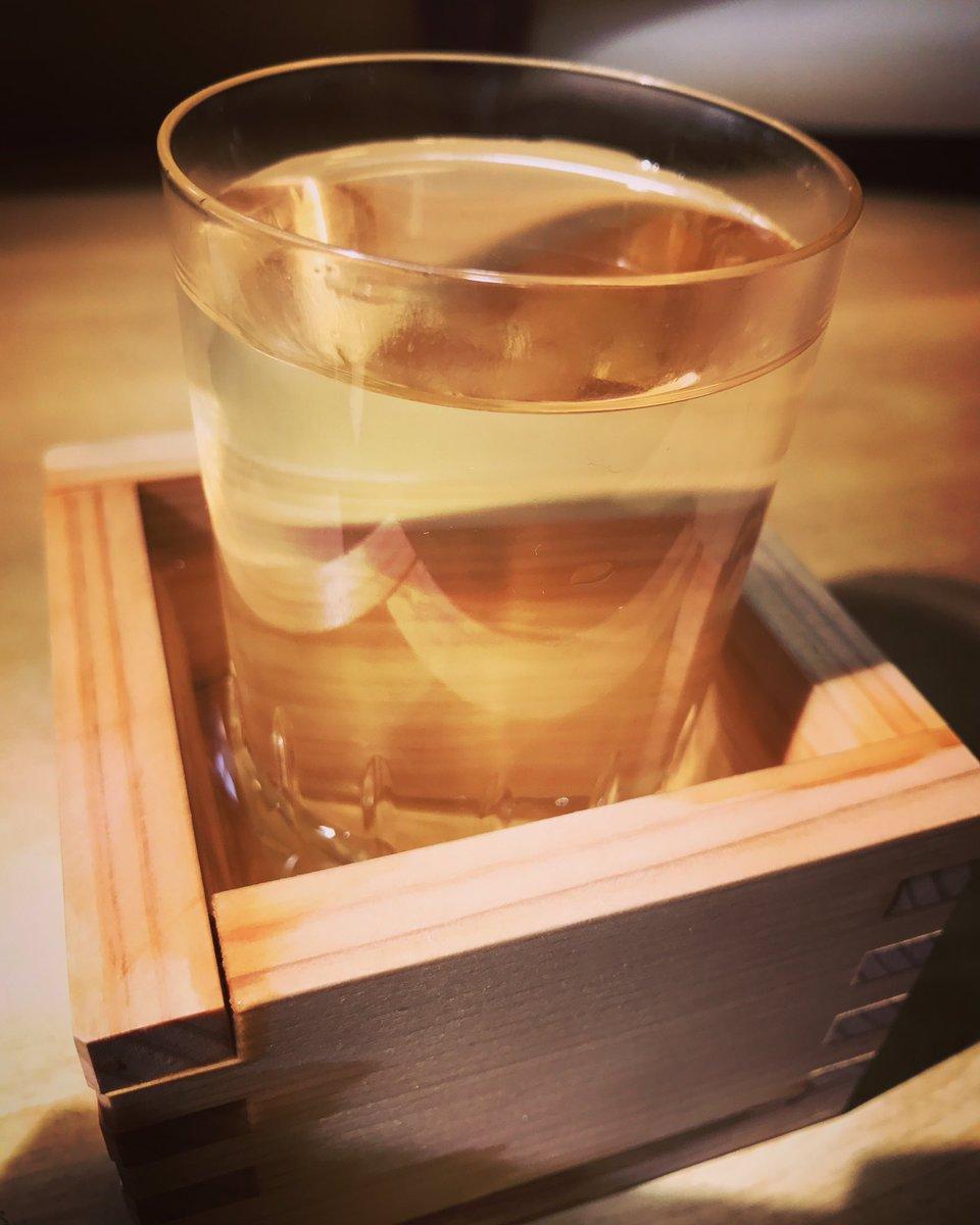 今からBSジャパンにて『ワカコ酒2』ですよ。おうちにいる方はぜひ観てくださいまし。3の番宣も流れるかもよ。ぷしゅ〜♪