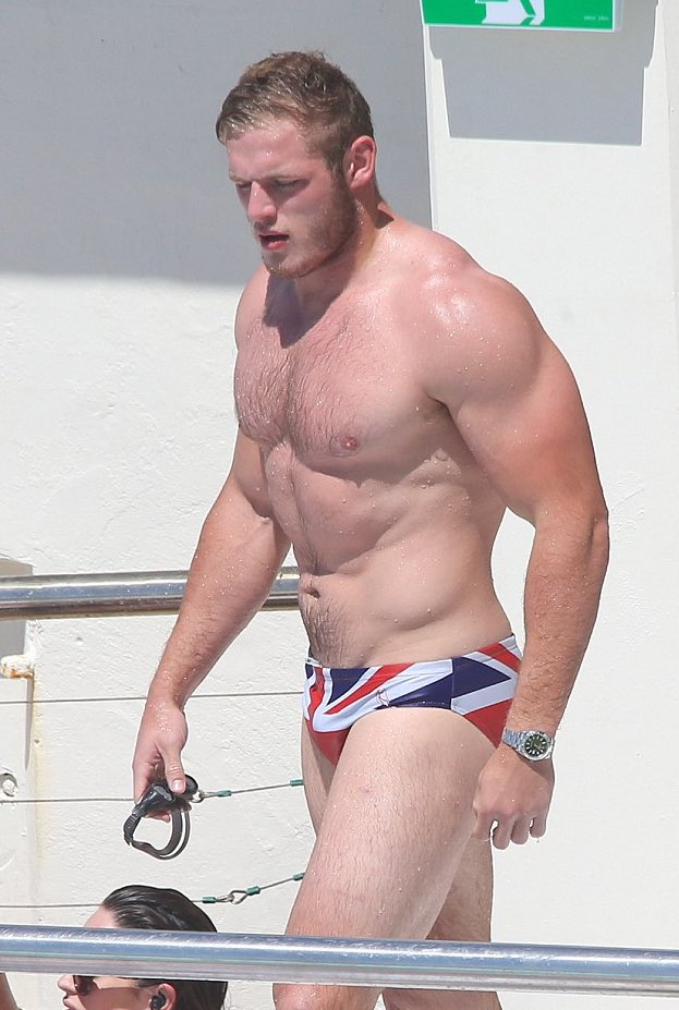 Thomas Burgess #RugbyLeagueMuscle 👀