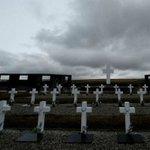 Vítimas enterradas nas ilhas Malvinas são tema pendente da guerra