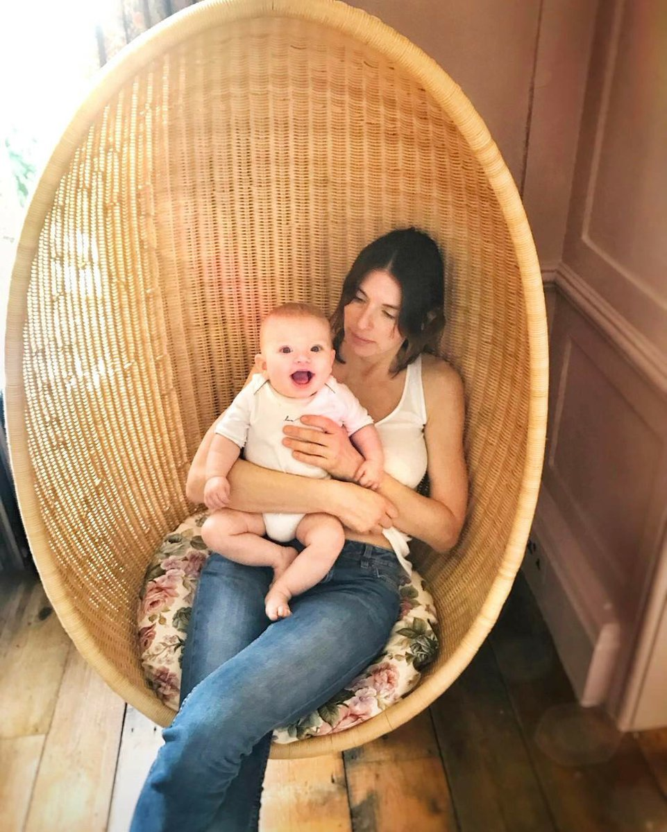 Rivers just hanging around with mum today, happy Saturday guys big love jox https://t.co/tJlgeDWhX1