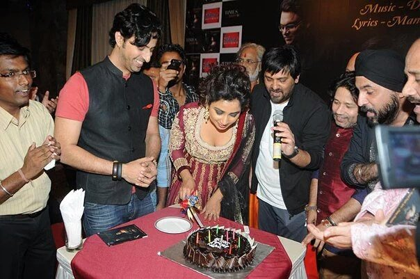 happy happy happy birthday Shreya ghoshal