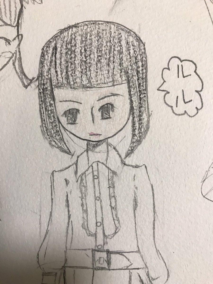「黒魔女さんが通る!!」で、出てくる、ルル。恐らく5年生の時に描いたものをこの間描き直したから載せる。右→小5。(5年前